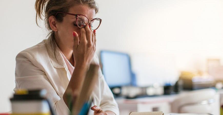 tiempo-laboral-6-trucos-para-superar-la-somnolencia-sin-cafeina